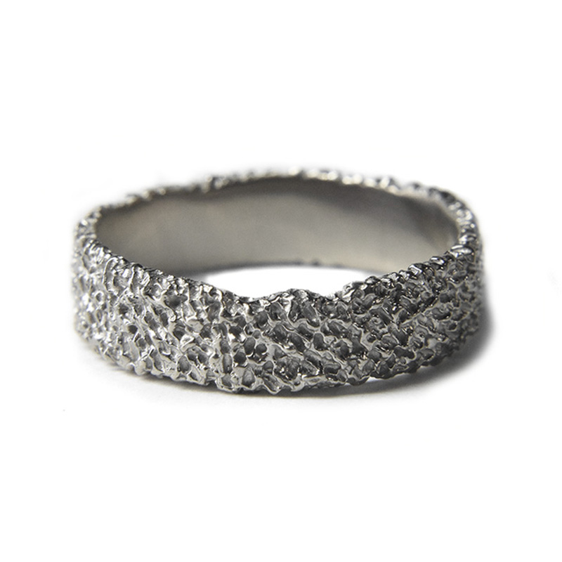 6mm irregular erodd 18ct white gold wedding ring