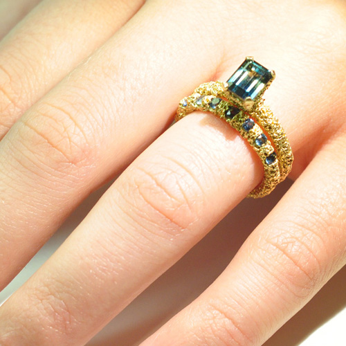 lost heirloom wedding ring gold sapphires