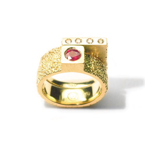 welfe jewellery jewelry textured eroded sunken geometric assymetrical cube engagement ring 18ct gold with ruby and champagne diamonds