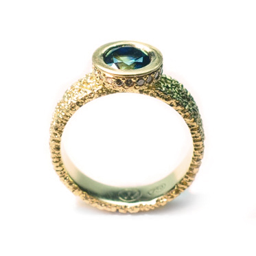 welfe jewellery jewelry 18ct gold sunken textured erdoded engagement ring with australian sapphire and champagne diamonds