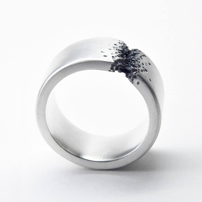 welfe 10mm wide bridge ring in sterling silver