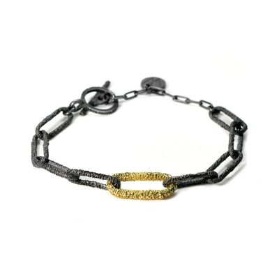 welfe jewellery jewelry textured sunken eroded chain links oxidised black silver and gold bracelet