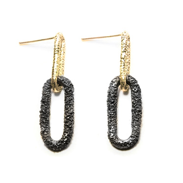 welfe jewellery jewelry textured eroded sunken chain links oxidised black silver and gold earrings