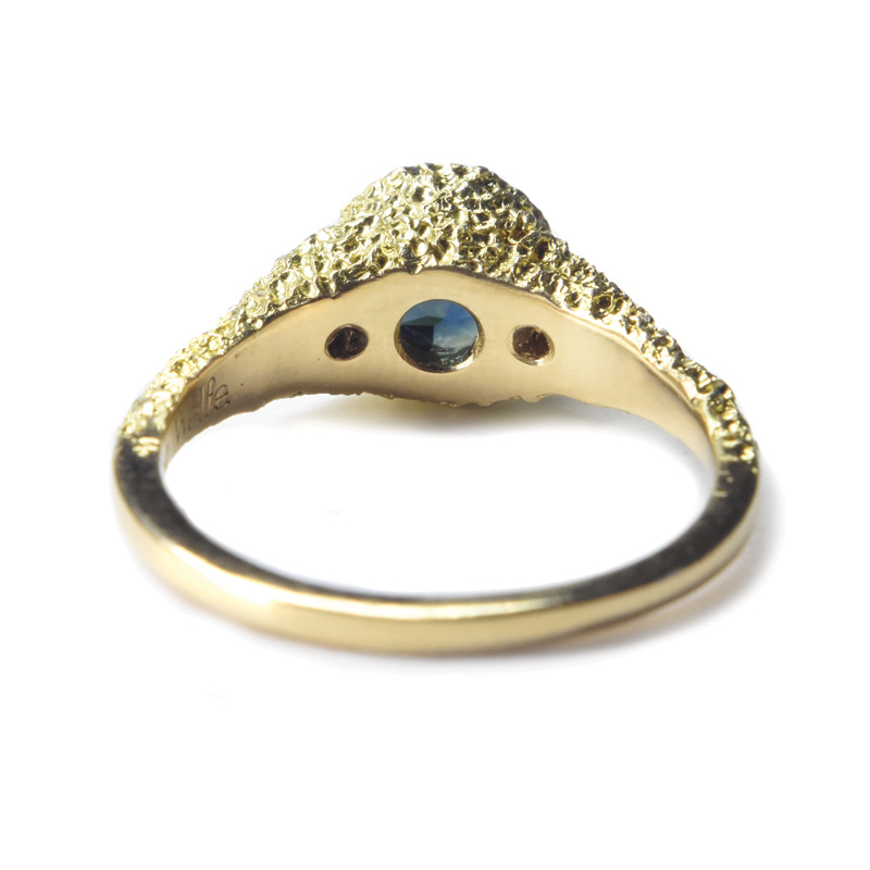 welfe jewellery two by the pool ring 18ct gold Australian sapphire white diamonds