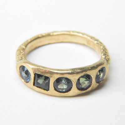 welfe pod ring 18ct gold sapphires